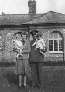 Hal & Janet Paston-Williams with twins Alan and Sheila