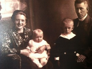 The Van der Wal family circa mid 1920's (by kind permission via Mr Brian Angel).