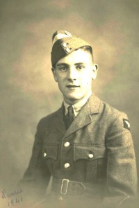 Laurence Roy Watts Cadet photo 26th sept 1941